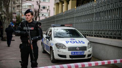 des-policiers-a-istanbul-en-turquie-le-17-mars-2016_5567441